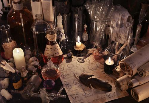 Amarres de amor, entérate como experimentar este trabajo de Magia Negra.